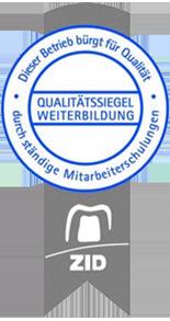 Qualitätssiegel Weiterbildung im Dentallabor Zahnwerk in Düsseldorf.